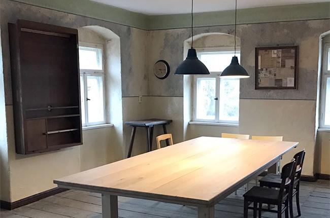 Werkstatt bekommt Möbel
